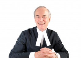 Robert McCracken QC